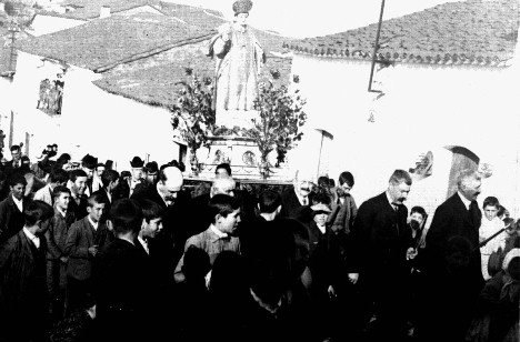 20150201130516-procesion-de-san-vicente-3.jpg